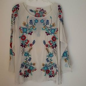 Johnny Was Women top, size L, O168